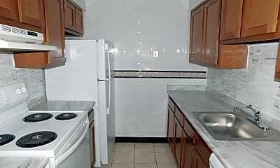Kitchen, 5050 Doyle Rd, 1