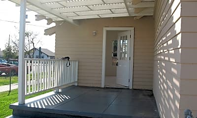 Patio / Deck, 121 E 2nd St, 1
