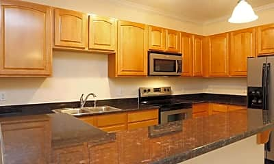 Kitchen, Waterford Place Apartment Homes, 1