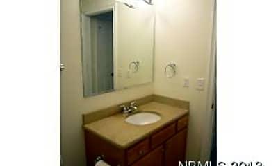 Bathroom, 408 Sky Sail Blvd, 2