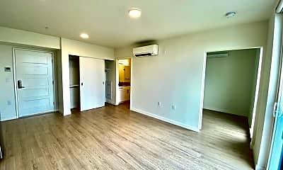 Living Room, 6717 Roosevelt Way NE - 706, 0