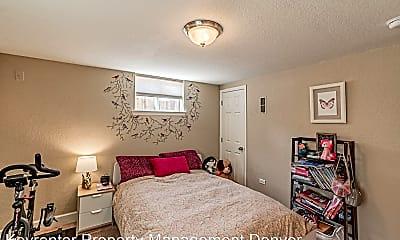 Bedroom, 5831 E 33rd Ave, 2