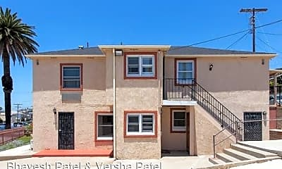 Building, 2132 Brant St, 1