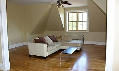 Living Room, 2900 Cherokee St, 0