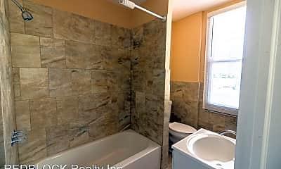 Bathroom, 4910 E Cheltenham Ave, 2