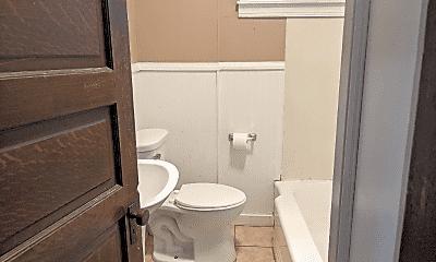 Bathroom, 1408 Methyl St, 2