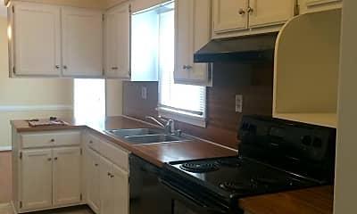 Kitchen, 11717 Kings Ln, 1