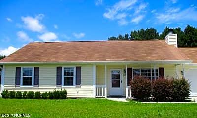 Building, 143 Glenwood Dr, 1
