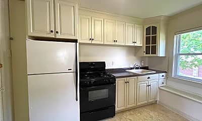 Kitchen, 293 W Shore Rd 4, 1