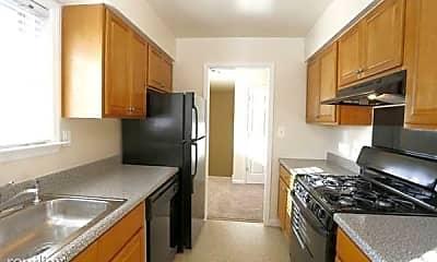 Kitchen, 645 Ferry St, 0