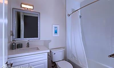 Bathroom, 148 E Santa Clara St, 2