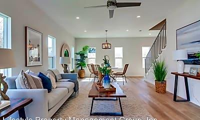 Living Room, 2025 Abbe St, 1