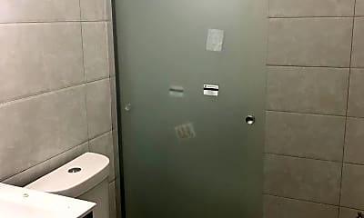 Bathroom, 2221 N Park Ave, 1
