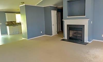 Living Room, 129 Sweet Briar Ct, 2