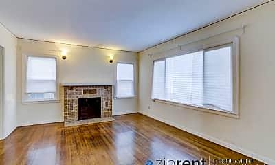 Living Room, 1522 Alcatraz Ave, 1