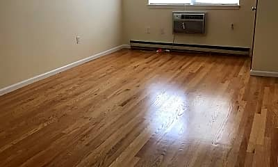 Living Room, 401 Washington St, 1