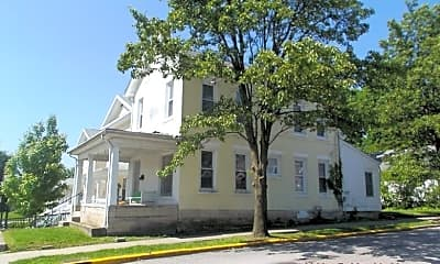 Building, 323 N Grant St, 1