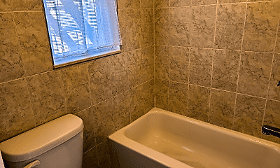Bathroom, 289 20th St, 2