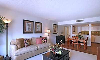 Living Room, Villas At Desert Pointe, 0