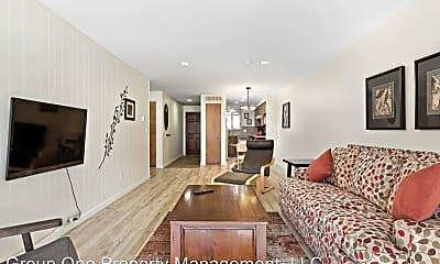 Living Room, 751 E Holly St, 1