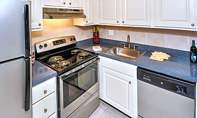Kitchen, The Park at Elland Apartments, 1
