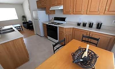 Kitchen, Mill Pond Village Apartments, 1