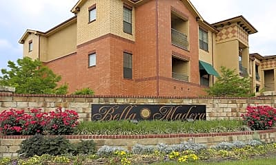Community Signage, Bella Madera at Lake Lewisville, 2