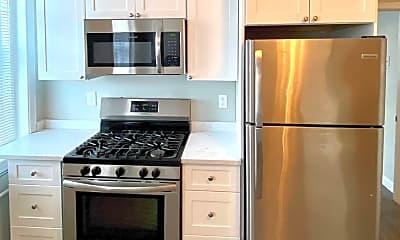 Kitchen, 273 Maverick St, 0