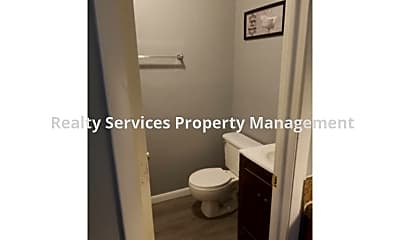 Bathroom, 298 Lowell Ave., #B, 2