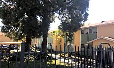 Marina Vista, 2