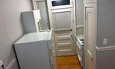 Kitchen, 5101 S Kingshighway Blvd, 2