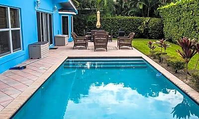 Pool, 181 Beacon Ln, 2
