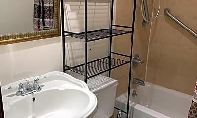 Bathroom, 1003 S 3rd St, 2