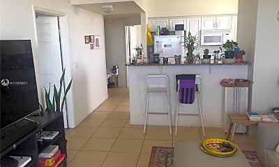 Kitchen, 215 SW 42nd Ave 1009, 2