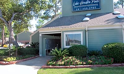Building, Lake Houston Pines, 0