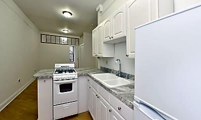 Kitchen, 334 E 94th St, 2