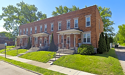 Building, 1411 Gault St, 2