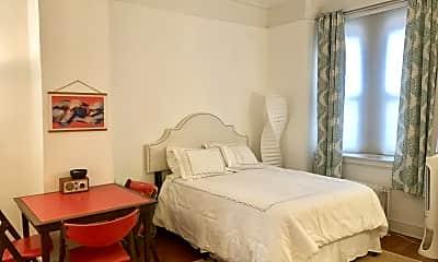 Bedroom, 39 Plaza St W MB, 1