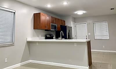 Kitchen, 1466 Holly Heights Dr, 1