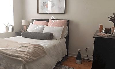 Bedroom, 621 E Armitage Ave, 1