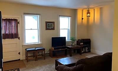 Living Room, 32 N Vine St, 1