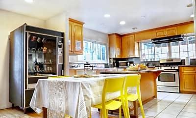 Kitchen, 2815 W 7th St, 1