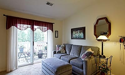 Living Room, Tammany on the Ponds, 1