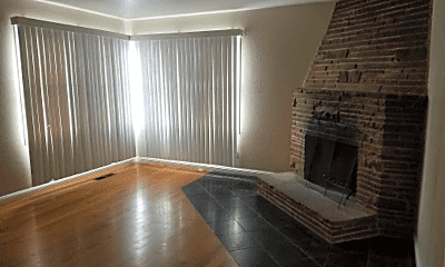 Living Room, 48 College Rd, 1