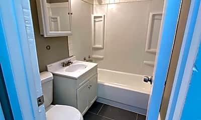 Bathroom, 1241 Hoffman Ave, 1