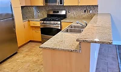 Kitchen, 150 Las Vegas Blvd N 1508, 1