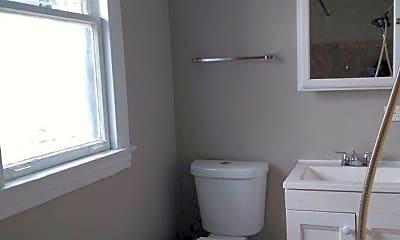 Bathroom, 1413-15 HOWARD STREET 1W-3SW, 1
