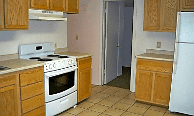 Kitchen, 818 Chicopee St, 1