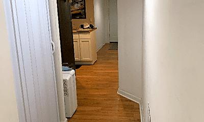 Living Room, 1038 S Oakley Blvd, 1