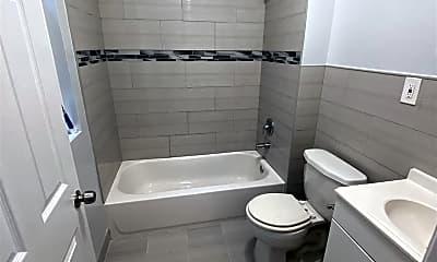 Bathroom, 20 Mission St, 1